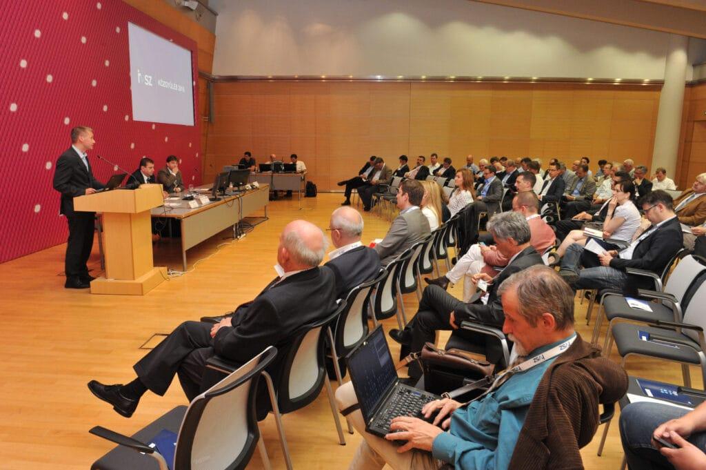 Kara Ákos, államtitkár (NFM) megnyitó beszéde az IVSZ Közgyűlésen