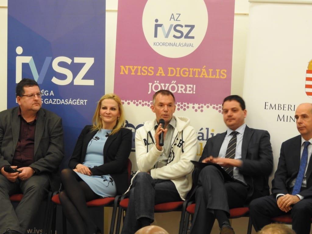 Merényi Ádám a Microsoft Magyarország oktatási igazgatója