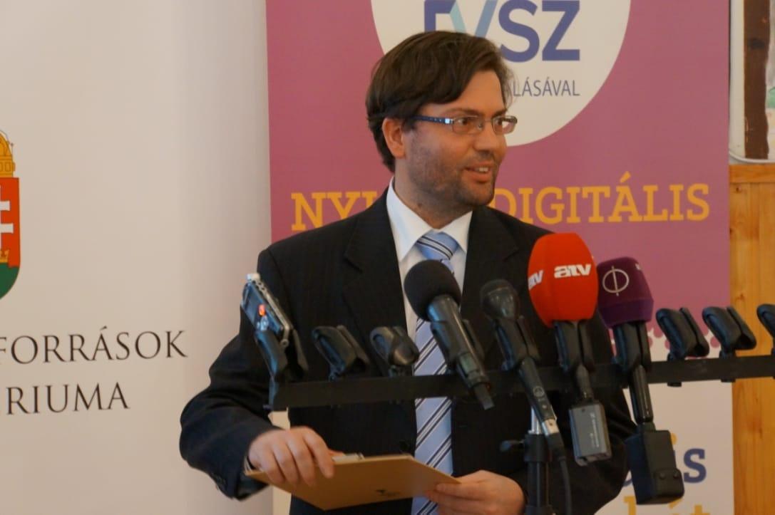 Horváth Ádám, az IVSZ oktatási igazgatója