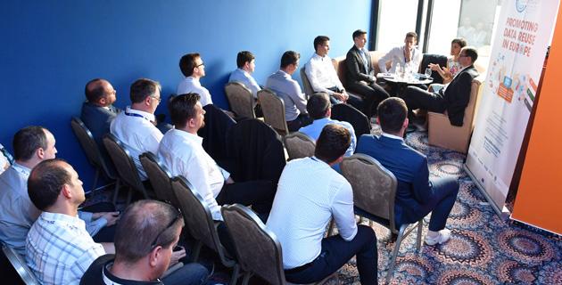 ivsz-fejlesztesi-es-eu-forrasok-munkacsoport-ules-2016-09-13-kep-2