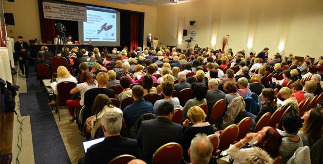 Digitális iskoláról a legnagyobb pedagógus konferencián
