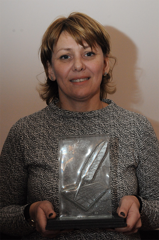Panulin Ildikó a díjjal