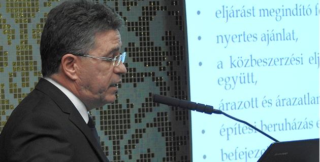 Dr. Fabó László