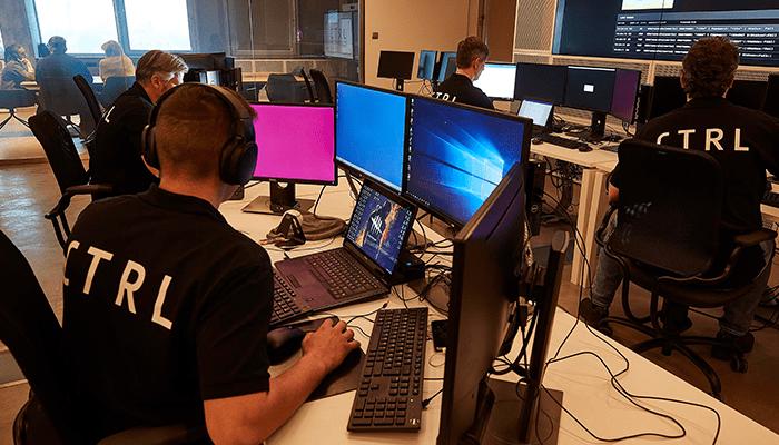 Állandó harc és verseny: kontroll alatt a kiberbűnözés (interjú)