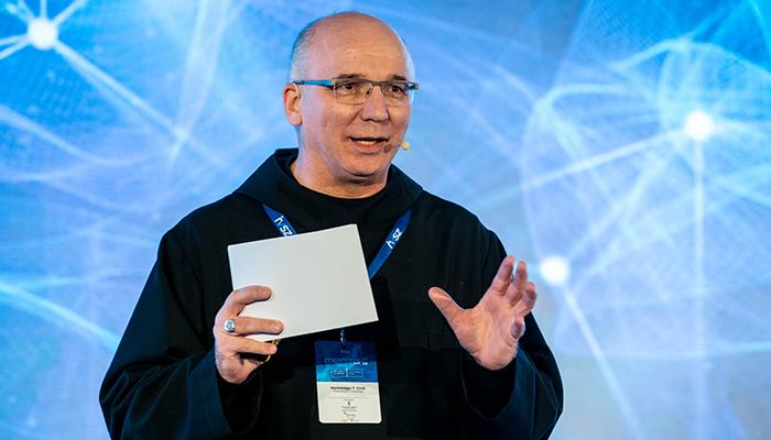 MENTA 2020 Hortobágyi T. Cirill: Ezeréves szervezet a tradíció és innováció metszéspontjában!