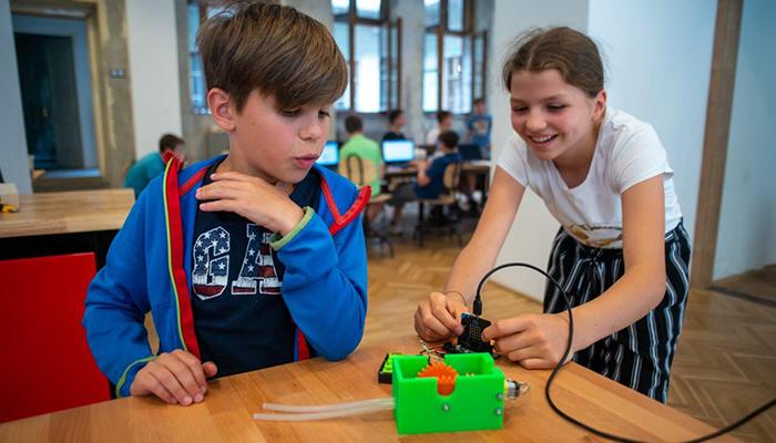 Jelentős támogatással lehet még innovatívabbaz oktatás